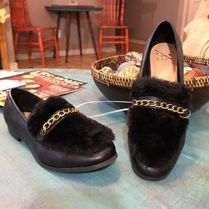 Black faux fur gold chain loafers